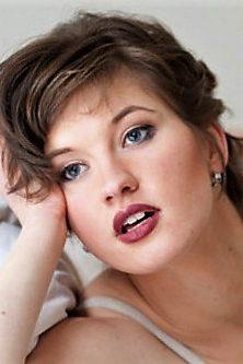 Lena-Juliane W