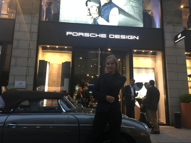 Einladung in den Porsche Design Store Hamburg und parallel bei Bornhold mit Model Ronja